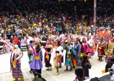 MIW contestants waving