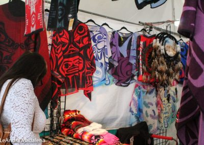 Apparel stand