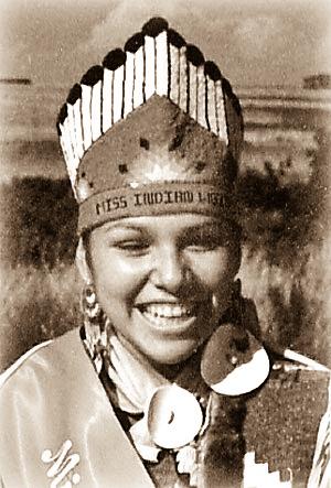 1986-1987 Lisa Ewauk