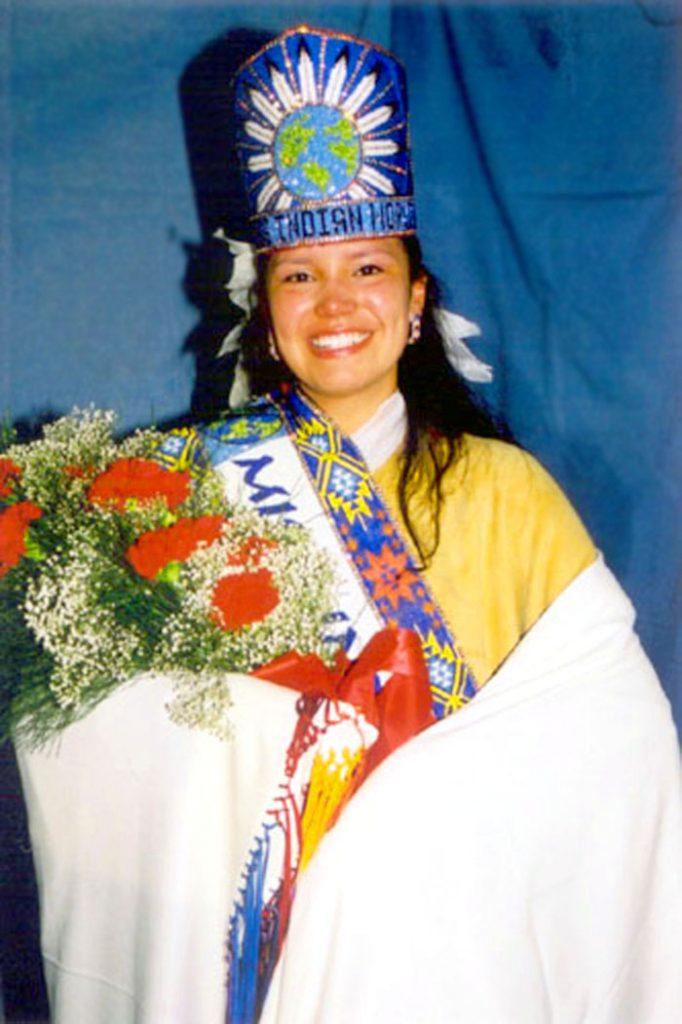 2002-2003 Tia Smith