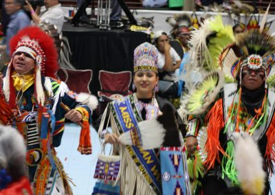 Miss Indian World and two men dancing